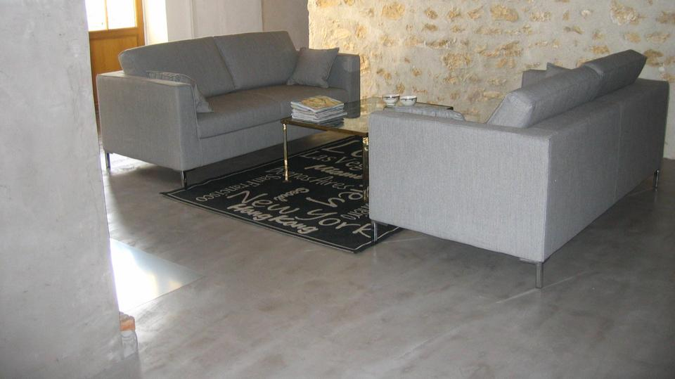 Les b tons de clara enduit d coratif en b ton cir for Beton decoratif interieur