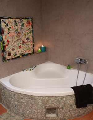 Beautiful beton cire salle de bain sur faience 2 photos for Salle de bain 7 5 m2